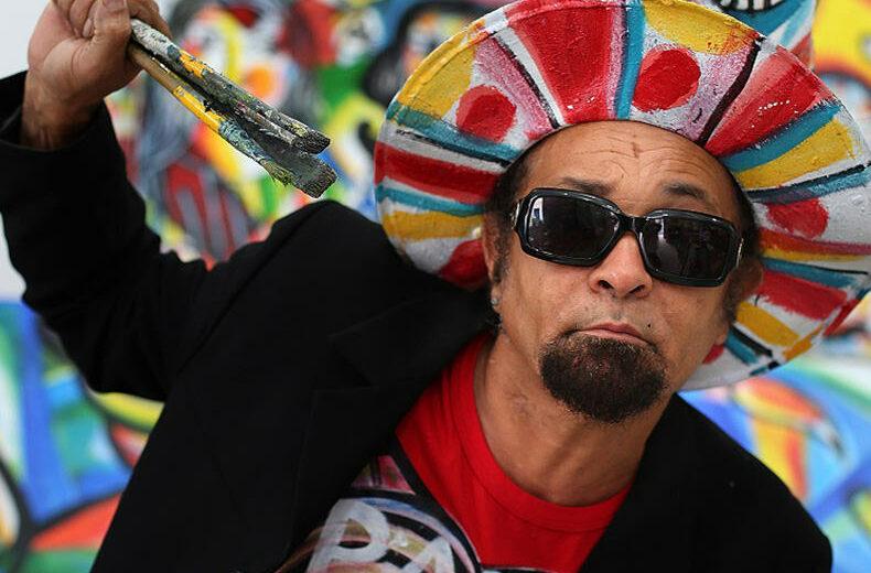 Portrait de l'artiste brésilien Menelaw SETE