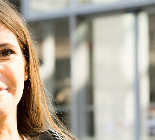 Une étudiante en droit devant l'UCLy