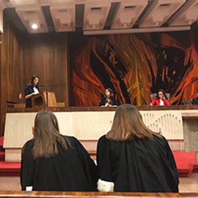 Etudiants au procès fictif