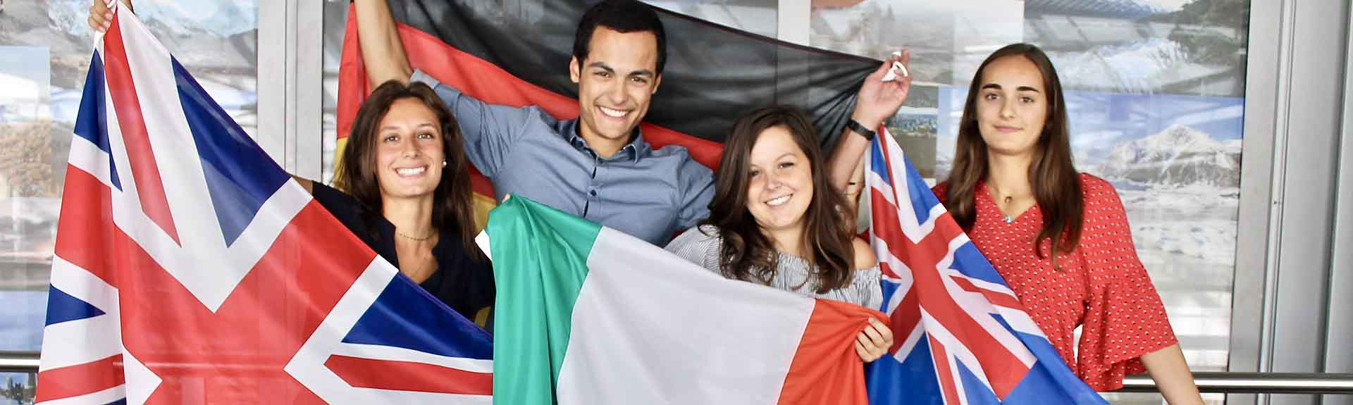 header-international-drapeau