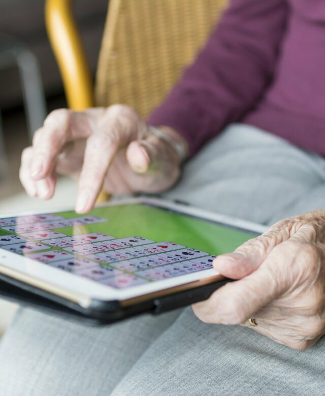 IA et personne âgée