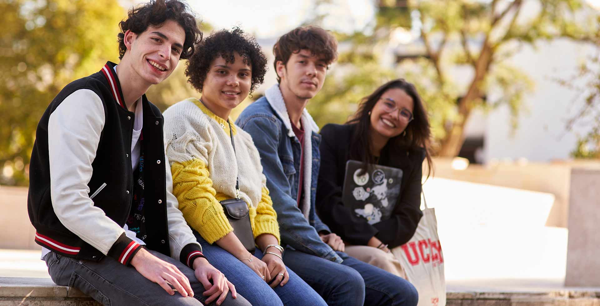 étudiants UCLy
